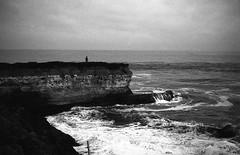 Ocean views (-Alberto_) Tags: minoltaal 35mmfilm seascape istillshootfilm california rokkorlens kodakd76