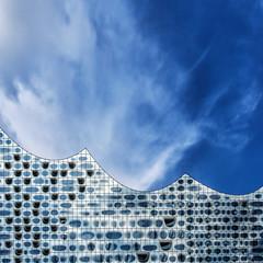 Sonic Waves (Silke Klimesch) Tags: 7dwf landscape architecture elphie elbphilharmonie hamburg blue blau bleu azul sky clouds himmel wolken minimalism minimalismus olympus omd em5 mzuikodigitaled12‑50mm135‑63ez microfourthirds