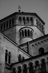 Trento (VeryGritsch) Tags: composition architecture archi architectures history trento italy bestofitaly trentino duomo church lines geometry travel travelpics pics picture blackandwhite blackwhite bw