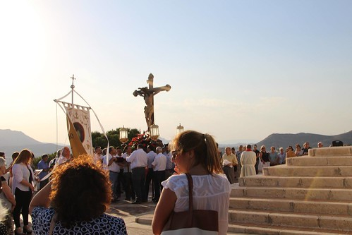 """(2017-06-23) - Vía Crucis bajada - Javier Romero Ripoll  (09) • <a style=""""font-size:0.8em;"""" href=""""http://www.flickr.com/photos/139250327@N06/36499813125/"""" target=""""_blank"""">View on Flickr</a>"""