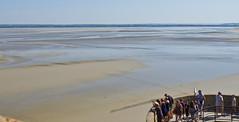 Ebbe / Ebb tide (schreibtnix on 'n off) Tags: reisen travelling europa europe frankreich france bretagne brittany breizh lemontsaintmichel meer sea ebbe ebbtide olympuse5 schreibtnix