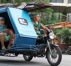 Quiapo Manila pedicabs and trikes (walterkolkma) Tags: manila pilippines quiapo escolta localtransport trikes bikes motorbikes bicycles pedicabs filipinos sonya6300