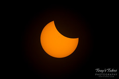 The eclipse from start to totality
