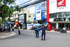 Dráty v Asii - neverending story (zcesty) Tags: vietnam9 ulice elektřina domorodci vietnam nhatrang dosvěta tpnhatrang khánhhoà vn