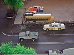 9/17/2017 (THE RANGE PRODUCTIONS) Tags: greenlight matchbox johnnylightning boley masito 187scale dioramas diecast diecastdioramas layout model toy fordcrownvictoriapoliceinterceptor tahoe schoolbus bus international hoscalefigures