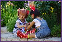 Sanrike und Kindra ... (Kindergartenkinder) Tags: sommer sanrike blumen personen grugapark essen kindergartenkinder garten blume park annette himstedt dolls kindra setina milina leleti reki