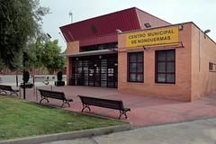 Centro Municipal y Alcaldía (Jerome van Passel) Tags: jeromevanpassel nonduermas iglesia centro municipal alcaldia pueblo murcia acequia huerta