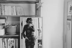 Quelques livres et moi (laetitia.delbreil) Tags: analogico análogo argentique analogue filmisnotdead filmisback filmisawesome ishootfilm westillcare analogsoul jesuisargentique film pellicule pellicola película filmphotography girlonfilm autoretrato autoritratto selfportrait autoportrait biancoenero blancoynegro noiretblanc blackandwhite monochrome monocromo bw nb bn believeinfilm libri libros livres books me self olympus olympus35rc zuiko42mm128 iso400 agfaphoto apx400 fixedfocallength availablelight reflection mirror miroir specchio