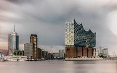 Hafencity (fotoerdmann) Tags: outdoor germany deutschland elbe 2017 ndfilter longexposuretime langzeitbelichtung architektur hamburg skyscraper skyline canon fotoerdmann