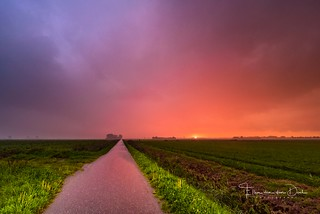Rain at sunset (EXPLORE)