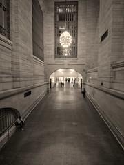P5220525t_x (Mark_Daniels) Tags: j23k olympus mzuiko 918 456 bw ny grand central station new york