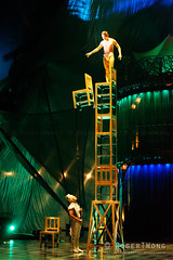 20170804-196-Kooza by Cirque du Soleil - Chair tower (Roger T Wong) Tags: 2017 asia cirquedusoleil kooza rogertwong sel70300g singapore sony70300 sonya7ii sonyalpha7ii sonyfe70300mmf2556goss sonyilce7m2 acrobats balance chair circus holiday performers travel