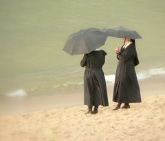 Sisters by the sea (doubleshotblog) Tags: memories rain beach doubleshotblog 10yearsago incognito unposed candid candidphotography morzebałtyckie zakonnice poland balticsea sistersbythesea nuns