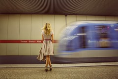 Take me to the Wiesn~ Munich (~mimo~) Tags: germany deutschland oktoberfest oktoberfest2017 blur woman street photography canon metro ubahn bahnhoff train station movement hair drindl tradition festival october