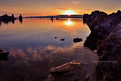 Ohayo(Good Morning !!) - Mono Lake (sb_clckr) Tags: sunrise dawn sunlight sunburst sun rays waterreflections beautifulmorning beautifullight california serene peace monolake eastsierra usa leevining monocounty tufatowers travel