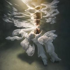 Haley Submersion (wesome) Tags: adamattoun underwaterphotography underwaterportrait ikelite