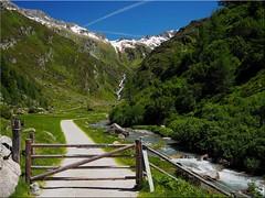 The Ahrntal valley in South Tyrol - the valley head (Ostseetroll) Tags: ahrntal geo:lat=4706964836 geo:lon=1217313916 geotagged ita italien südtirolaltoadige talschluss valleaurina italia italy alpen alps valleyhead
