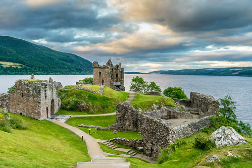 rquhart caste et le Loch Ness