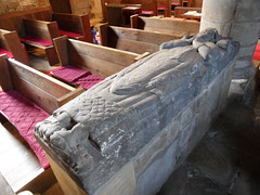 Ingleby Greenhow tomb (Nekoglyph) Tags: standrews church inglebygreenhow yorkshire stone tomb effigy carved pews nave red figure plinth inscription ecclesiastic priest vestment chasuble chalice book pillar