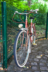 Annecy_Bikes-7456 (dtpowski) Tags: bikes annecy classicbikes france mountains oudoors stilllife rhonealps