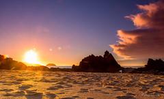 pisadas (aingerubidaurreta) Tags: arena playa plage beach relax rocks water sun sunset summer dusk euskalherria europe euskadi hondartza ibarrangelu itsasoa basquecountry bizkaia ocean sea colors cotebasque coast clouds