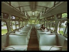 j'attends (cjuliecmoi) Tags: boucherville autobus exposition vintage bus
