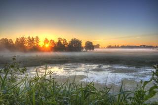 Morgenstimmung   Sonnenaufgang; Braunschweig-Riddagshausen;  Morgenstimmung   > Vielen Dank an alle, die sich die Zeit nehmen, meine Fotos anzusehen und zu kommentieren  < < <       > > > Interesting  Thanks to everyone who takes the time to view, comment