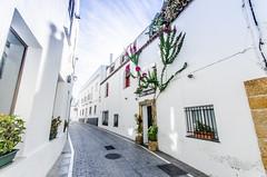 Conil de la Frontera, Cádiz (nfaraldos) Tags: conildelafrontera cádiz spain españa nikon sigma1020mm streetphotography fotografíaurbana