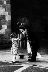 Incontri ... (capellini.chiara) Tags: fantasy biancoenero blackandwhite streetphotography bergamoalta games magicmoment magia mickymouse happiness fantasia topolino kids incontri giochi