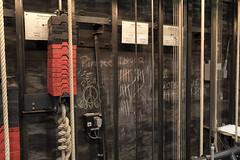 Seilzüge (diwan) Tags: germany deutschland sachsenanhalt saxonyanhalt magdeburg city stadt place magdeburgeropernhaus opernhaus theatertag feierlichersaisonstart hinterderbühne seilzüge seile detail google nikcollection plugins viveza2 fotogruppe fotogruppemagdeburg sigma35mmf14dghsmart canoneos5dmarkiv canon eos 2017 geotagged geo:lon=11638357 geo:lat=52137255