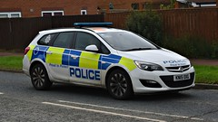 KN15OXG (Cobalt271) Tags: kn15oxg northumbria police vauxhall astra 16 cdti response vehicle proud to protect livery