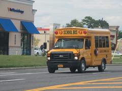 Lezette Express #173 (ThoseGuys119) Tags: lezetteexpressinc schoolbus starcraft saugerties ny