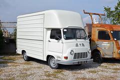 Renault Estafette (Maurizio Boi) Tags: renault estafette van furgonecamion autocarro truck lorry lkw old oldtimer classic vintage vecchio antique