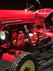 Porsche muséum (bodsi) Tags: bodsi tracteur porsche ancêtre rouge porschediesel porschemuseum