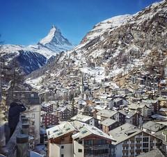 Zermatt (yakovina) Tags: zermatt switzerland alps skiing iphone7