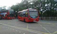 Litening up 410 on the Street   SLS24 SK17HJG (Unorm001) Tags: sls24 sls 24 sk17hjg sk17 hjg 410 60 red london single double deck decks decker deckers buses bus routes route tfl transport for diesel