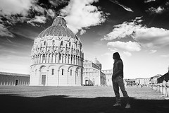 (Giovanni Perno) Tags: pisa street piazza miracoli sky bw nd filter d3100 18mm tuscany italy