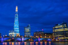 When the night falls (SpectrumLight) Tags: city night cityscape bluehour sky london england river bridge thames shard reflections water light lights flickr sony southwarkbridge sonynex5n architecture buildings explore