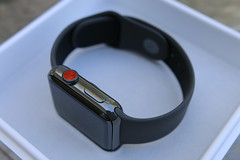 Apple Watch Series 3 Ceramic Gray Edition (gudedomo) Tags: apple watch tv applewatch appletv 4k edition ceramic gray space spacegray black white series 3 series3 iphone8 iphone 8 plus 8plus wireless qi 2017 charging remote glass back new