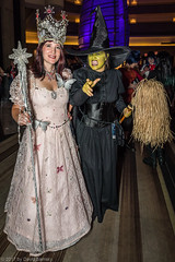 _Y7A9042 DragonCon Sunday 9-3-17.jpg (dsamsky) Tags: wizardofoz costumes atlantaga dragoncon2017 marriott dragoncon cosplay wickedwitchofthewest cosplayer 932017 sunday glinda