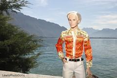 Cabot Clark en Montreux Suiza (Lewis021124) Tags: model man homme versace lago aire airelibre libre montreux lewis look lewisphotodolls leman integrity toys integritytoys cabot clark it castillo bellezon
