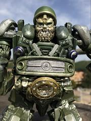 20171002095054 (capcomkai) Tags: tlk transformers tf autobot transformerthelastknight daytrader 老狗 トランスフォーマー/最後の騎士王 トランスフォーマー最後の騎士王 トランスフォーマー 博派 交易員