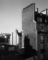Paris - Sur Le Toit (* Daniel *) Tags: polaroid polaroid110a polaroidlandcamera polaroidpathfinder markdaniel markdanielphotocom kodak tmax tmx tmax100 kodaktmax100sheetfilm kodaktmx100 kodaktmax100 paris france pyrodeveloper pyro pmk bergger berggerpmk architecture bw blackwhite blackandwhite mono monochrome monotone filmdev:recipe=11405 film:brand=kodak film:name=kodaktmax100 film:iso=100 rodenstock rodenstockysarex127mmf47 ysarex127mmf47 ysarex