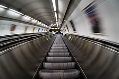 Wormhole (Froschkönig Photos) Tags: wormhole wurmloch metro ubahn subway prag praha prague fisheye fischauge nex5r sel16f28 vclecf1 rolltreppe