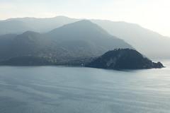 Varenna evening-15 (Paul Dykes) Tags: varenna lombardy lombardia italy italia lakecomo lagodicomo eveninglight evening it