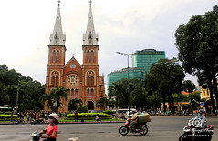 view of Immaculate Conception Cathedral Basilica (Cathédrale Notre-Dame de Saïgon) (Phúc Photography [01203826878]) Tags: saigon vietnam nhathoducba cathedral basilica street