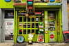 Junk Yard Restaurant. (Livia Lopez) Tags: neonsign newyork newyorkcity nyc manhattan restaurant storefront green chelsea junk street sidewalk nothankyou open abierto nuevayork restaurante verde basura calle