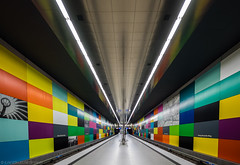 Squares and Lines and Colours (katrin glaesmann) Tags: münchen munich tube station ubahn metro mvg georgbrauchlering u1 u7 franzackermann 1997 notripod handheld