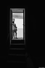 Real Maestranza de Caballería de Ronda (Málaga, España) (Carlos Arriero) Tags: ronda málaga españa realmaestranzadecaballeríaderonda spain europe europa blackandwhite blancoynegro bw monochrome noiretblanc nikon d800e tamron 2470f28 contraluz contrast contraste composición composition carlosarriero urban city ciudad plazadetoros viajar travel lightsandshadows lucesysombras
