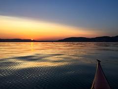 Calm water (Yarin Asanth) Tags: calm waves golden pattern blue yellow orange lakeside colours watersurface lakeconstance gmichael yarinasanth gerdkozik gerdkozikphotography gerd kozik yarin asanth yarinasanthphotography gerdmichaelkozik gerdkozikfotografie